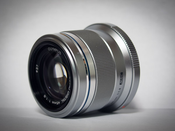 Olympus 45mm lens